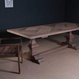 שולחן וואלי